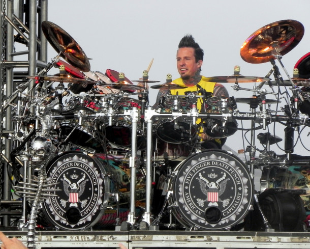 pictures-Jeremy-Spencer-musician-FiveFingerDeathPunch-Ashes-2012