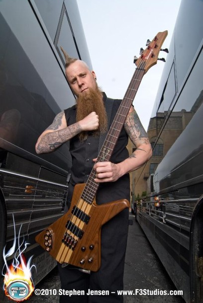 foto-Matt-Snell-bass-player-ex-FiveFingerDeathPunch-Dying-Breed-2008