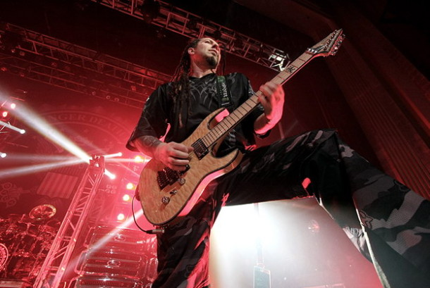 pictures-Zoltan-Bathory-Shredder-nu-metal-FFDP-B-C-Rich-2007