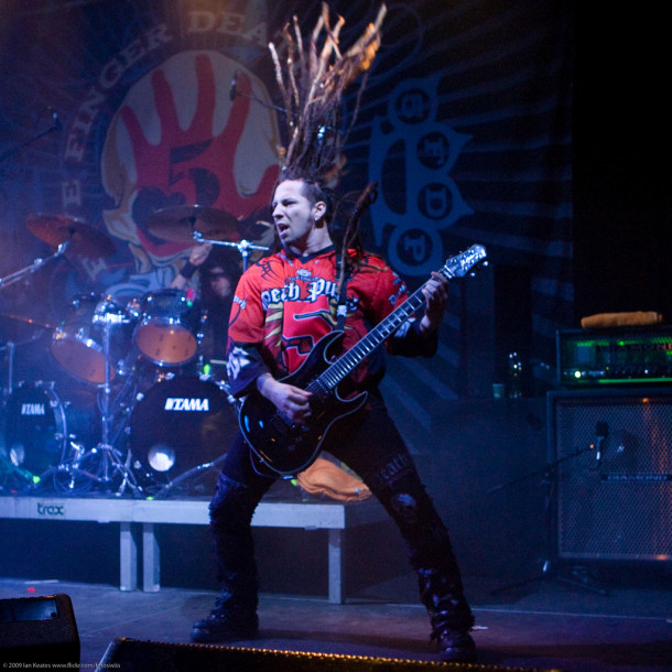 photo-5FDP-Zoltan-Bathory-Crossing-Over-group-concerts-2009-rock