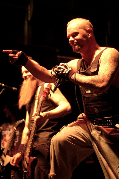 photos-FiveFingerDeathPunch-Jason-Hook-My-Own-Hell-metal-band-2009