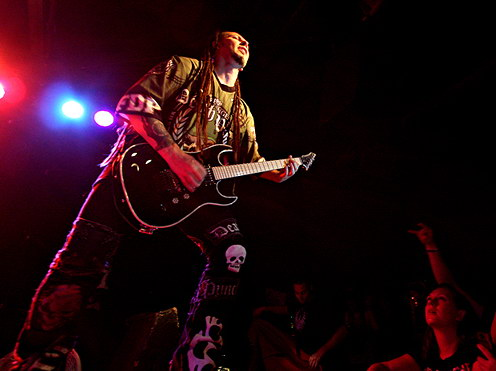 pictures-5FDP-Matt-Snell-Crossing-Over-metal-band-live-2009-metal