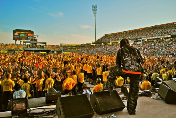 photo-Ivan-Moody-FiveFingerDeathPunch-Coming-Down-festivals-2012
