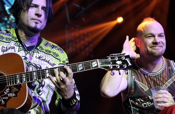 photograph-Ivan-Moody-FFDP-Remember-Everything-Trespass-America-2012