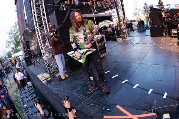 photos-Jason-Five-Finger-Death-Punch-Knoxville-Rock-on-the-range-2012