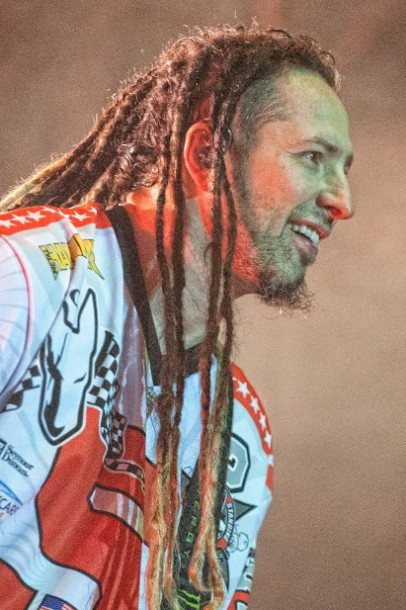 picture-Ivan-Moody-5FDP-Remember-Everything-Metal-Hammer-2012
