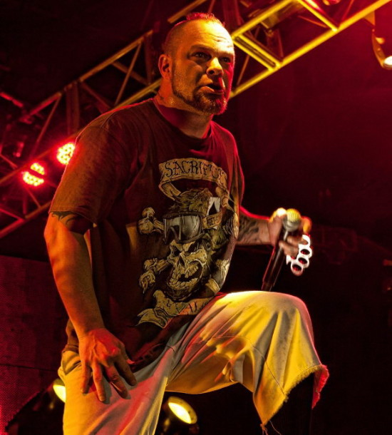 pictures-Ivan-Moody-5FDP-100-Ways-to-Hate-2012-Metal-Hammer-2012