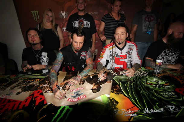 photograph-Hook-5FDP-Battlecreek-Mi-concerts-usa-Meet-N-Greet-2012