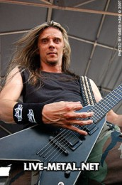 fotki-Darrell-Roberts-guitar-player-5FDP-guitarist-The-Bleeding-concert-2008