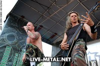 photograph-Darrell-Roberts-guitar-5FDP-guitar-player-The-Bleeding-live-2009