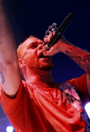 photo-Ivan-Moody-vocals-FiveFingerDeathPunch-ex-Ghost-Machine-2007