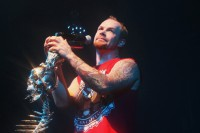 picture-Ivan-Moody-vocal-Five-Finger-Death-Punch-ex-Motograter-2009