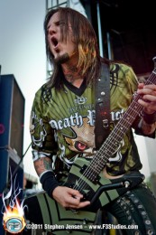 pictures-Jason-Hook-lead-guitar-metal-FiveFingerDeathPunch-2011