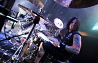pictures-Jeremy-Spencer-udarnik-Heavy-metal-5FDP-Burn-It-Down-2010