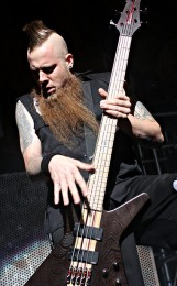 foto-Matt-Snell-bassist-ex-Five-Finger-Death-Punch-My-Own-Hell-2007