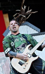 picture-Zoltan-Bathory-solo-guitar-metal-5FDP-Diamond-Amplifiers-2007
