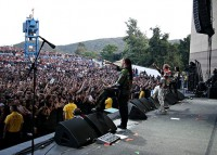 foto-band-Five-Finger-Death-Punch-Jason-Hook-Hammerfest-live-tour-2010