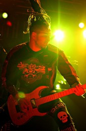 photograph-band-5FDP-Jason-Hook-Rockstar-Mayhem-festival-2010