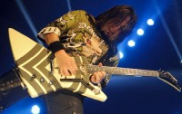 photos-band-Five-Finger-Death-Punch-Zoltan-Bathory-The-Palladium-2011