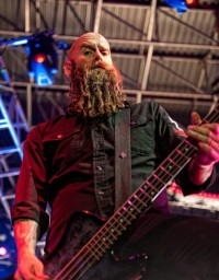foto-Chris-Kael-FiveFingerDeathPunch-Back-for-More-USA-tour-2012