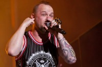 foto-Jason-FiveFingerDeathPunch-Nashville-Rock-on-the-range-2012
