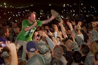 photo-Jeremy-Spencer-5FDP-concert-in-Kuwait-2012-live-for-troops