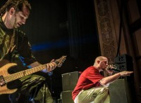 photos-performing-gryppa-FiveFingerDeathPunch-Menace-Canada-live-2012