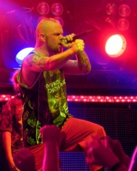 pictures-Bathory-FiveFingerDeathPunch-Billings-Live-Heavy-2012