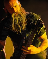 pictures-Kael-FiveFingerDeathPunch-Nashville-Meadow-Brook-2012