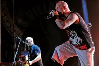 pictures-Spencer-FiveFingerDeathPunch-Philadelphia-LAZERfest-2012