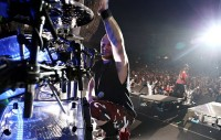 5FDP-The-Wrong-Side-Of-Heaven-tour-2013