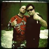 foto-FiveFingerDeathPunch-gruppa-Darrell-Roberts-behind-of-scene-2013