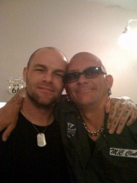 picture-FiveFingerDeathPunch-group-Chris-Kael-personal-life-metal-2008